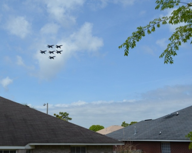 April 2014: Backyard Blue Angels Practice
